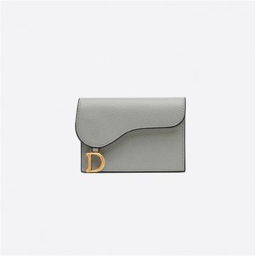 Dior迪奥 S5611CWVG_M41G 岩石灰牛皮革马鞍翻盖卡夹