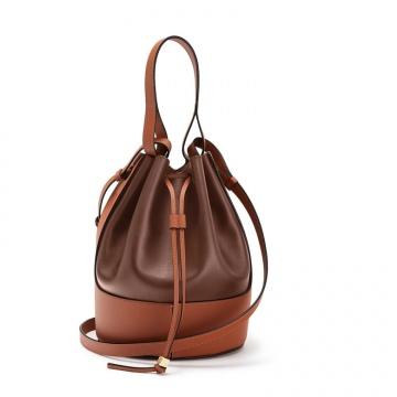 Loewe罗意威 0010446045 棕褐色 Balloon 水桶包