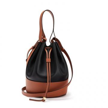 Loewe罗意威 0010444545 黑色/棕褐色 Balloon 水桶包